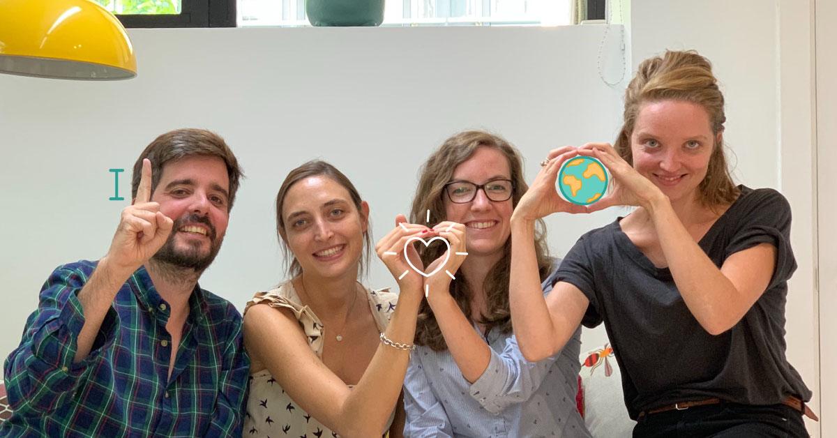 Cuatro personas del equipo CrowdFarming: Gabriel Úrculo, Juliette Simonin, Magdalena Werner y Stephanie Stein